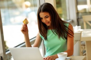ethnic-woman-laptop-credit-card-370x246
