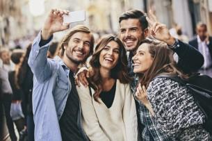 Millennials-selfie-1024x682